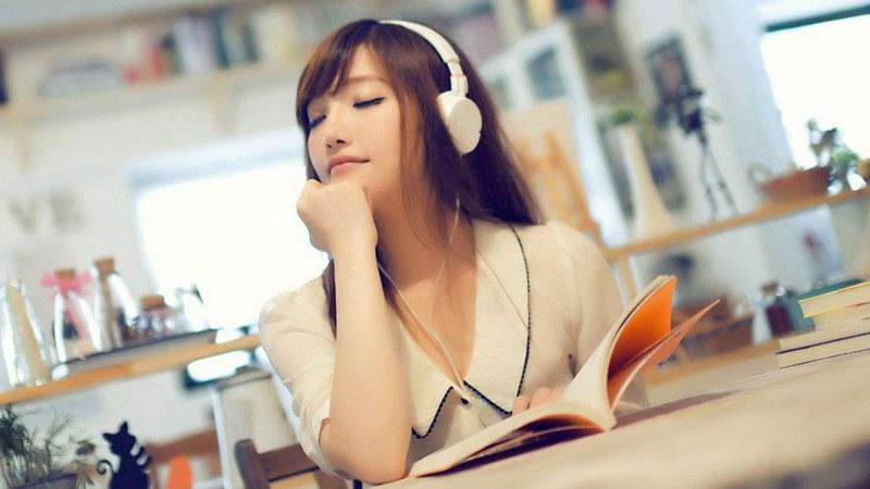 Học tiếng Anh qua bài hát giúp tiến bộ nhanh hơn