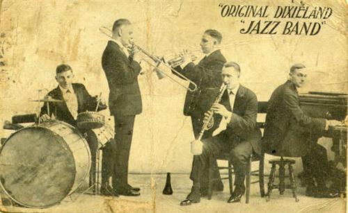 Ban nhạc chơi nhạc Jazz