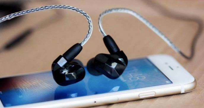 Nhu cầu sử dụng tai nghe Trung Quốc